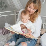 Алиса 1 год, мама Оля